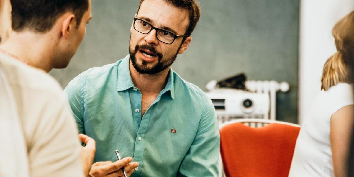 Methoden von Feedback und offener Kommunikation in Teams